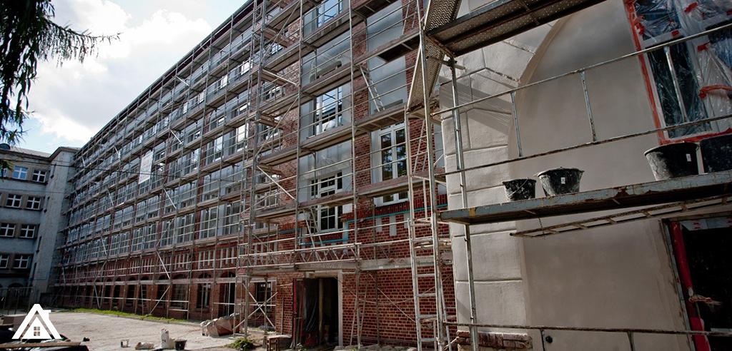 Фасадчики на реновацию домов
